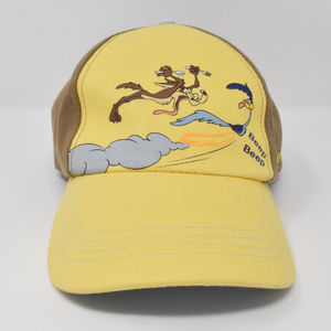 Looney Tunes Cap Road Runner Wile E Coyote